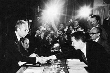 Aldo Moro con Enrico Berlinguer nel 1977, Archivio Flamigni, Roma