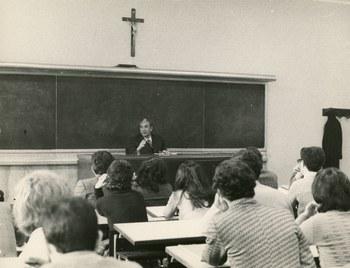 Durante una lezione all'Università di Roma, primi anni Settanta - Archivio Flamigni, Roma