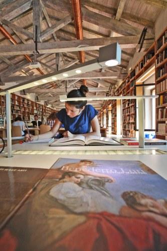 Biblioteca Zeri - Complesso di S. Cristina - Piazzetta G. Morandi 2 - Bologna © Università di Bologna
